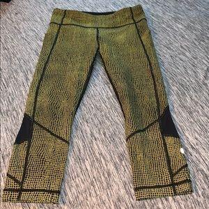 Lululemon Multi Color Leggings - 6/8